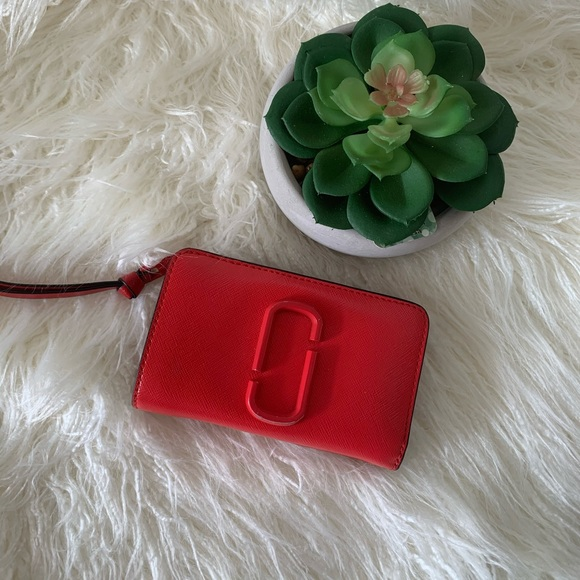 Marc Jacobs wallet with free coach coin purse 👛